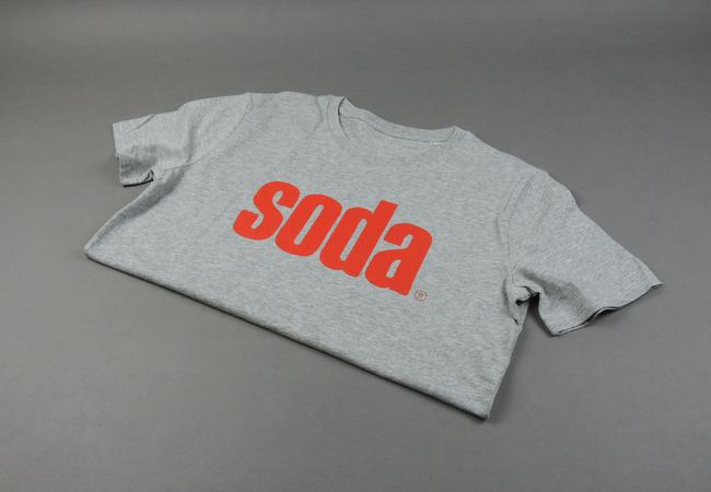 soda. T-Shirt Grey/Red