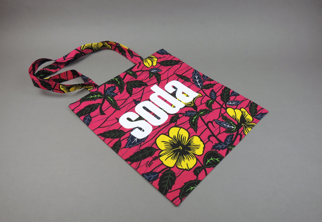 soda. Wax Print Cotton Tragetasche